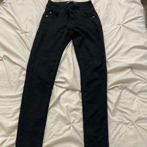 Black skinny jeans/pants